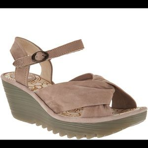 NWOT! FLY London Yesh Beige Leather Wedge Sandals